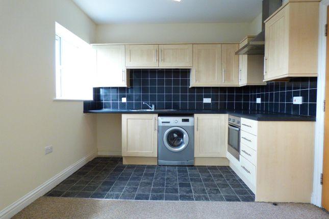 Thumbnail Flat to rent in Wharfe House, Knottingley
