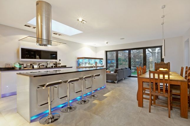 Thumbnail Property to rent in Beulah Hill, London