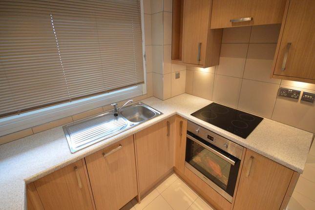 Thumbnail Flat to rent in Burritt Road, Norbiton, Kingston Upon Thames