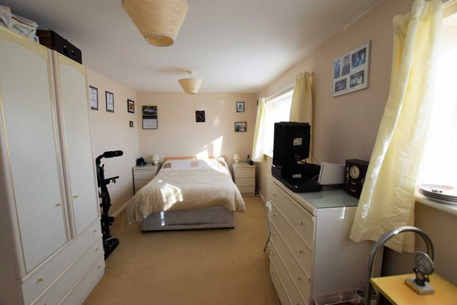 Bedroom One of Southwell Drive, Winthorpe PE25