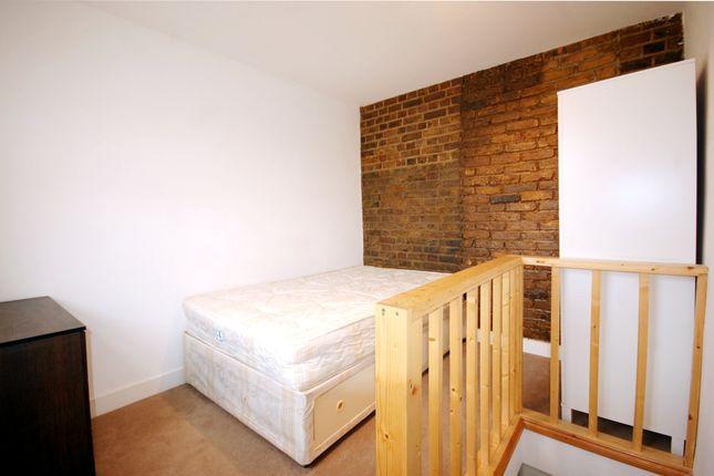 Studio to rent in Harrow Road, London
