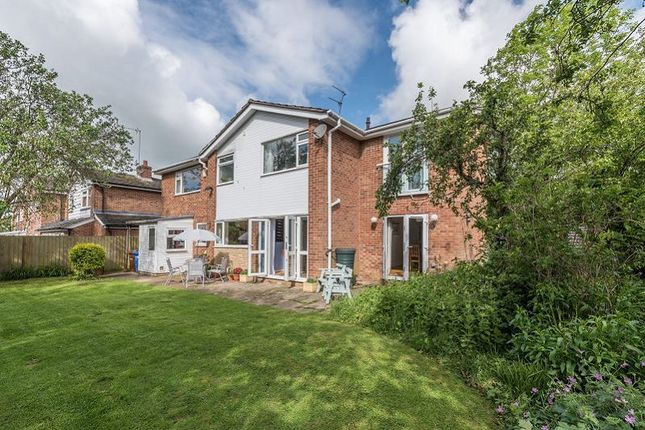 Thumbnail Detached house for sale in Tennyson Close, Banbury, Oxon