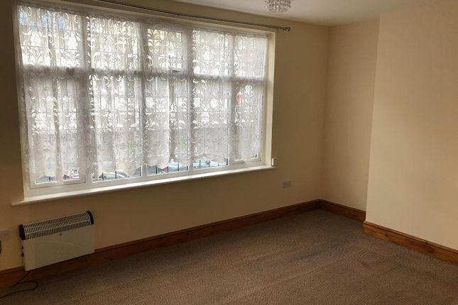 Thumbnail Duplex to rent in Very Near High Street Area, Slough