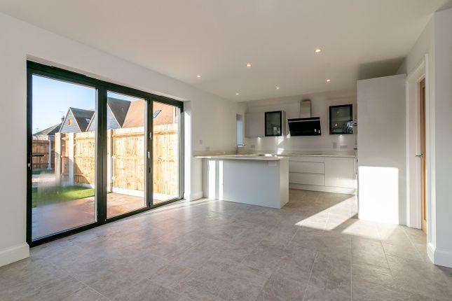 Thumbnail Detached house for sale in Park Street, Baldock