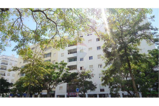 3 bed apartment for sale in Quarteira, Algarve, Portugal