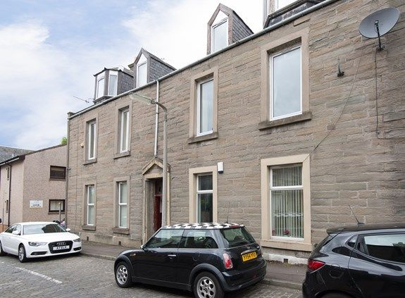 Thumbnail Flat to rent in South George Street, Dundee