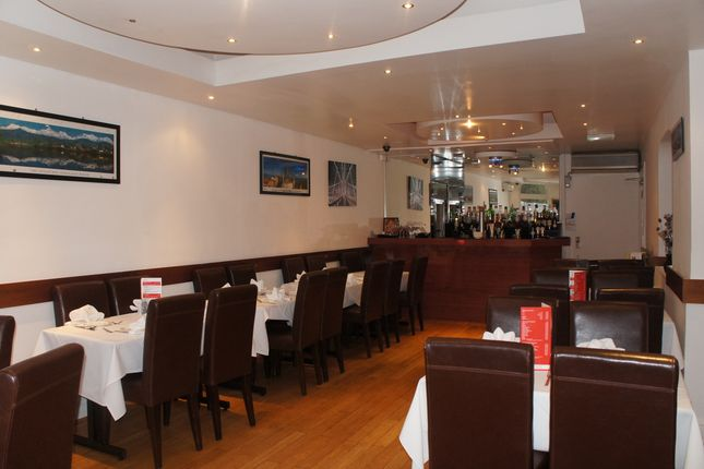Thumbnail Restaurant/cafe for sale in Chislehurst Road, Brombley