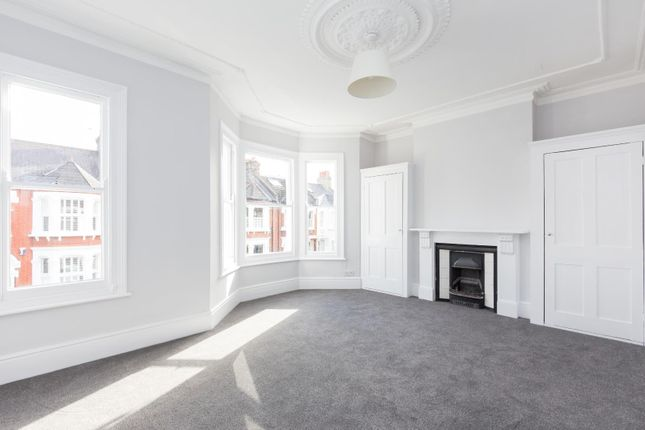 Thumbnail Terraced house to rent in Cicada Road, London