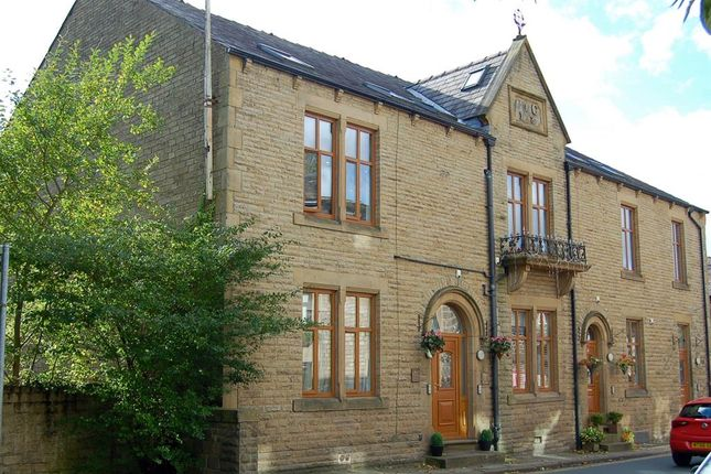 Thumbnail Flat for sale in Chew Valley Road, Greenfield, Oldham