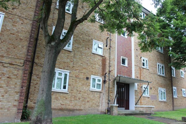 Thumbnail Flat to rent in Openshaw Road, Abbey Wood, London