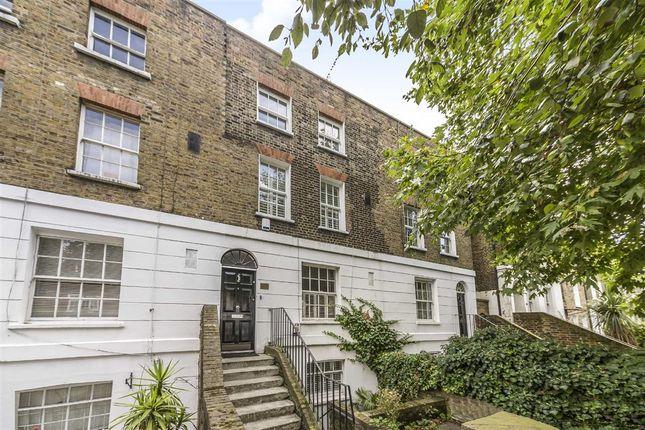 2 bed flat for sale in Triangle Estate, Kennington Lane, London