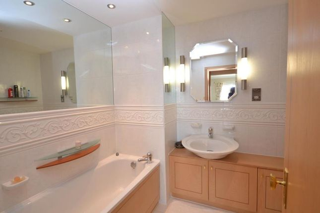 En Suite of Palm Court, 8 Coastguard Road, Budleigh Salterton, Devon EX9