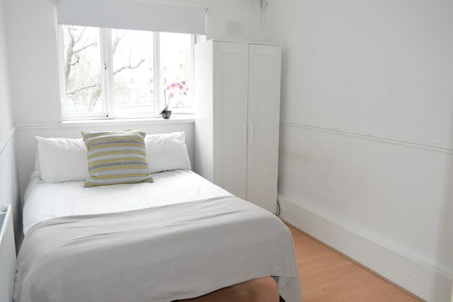 Thumbnail Room to rent in Bracondale Road, London