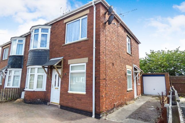 Thumbnail Flat to rent in Newsham Road, Blyth