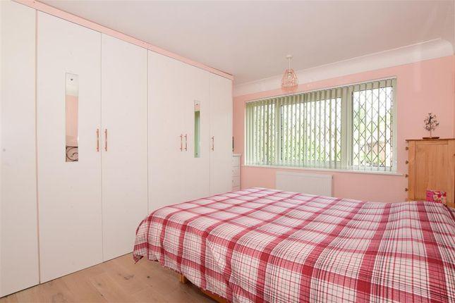 Bedroom 1 of Woodvale, Fareham, Hampshire PO15