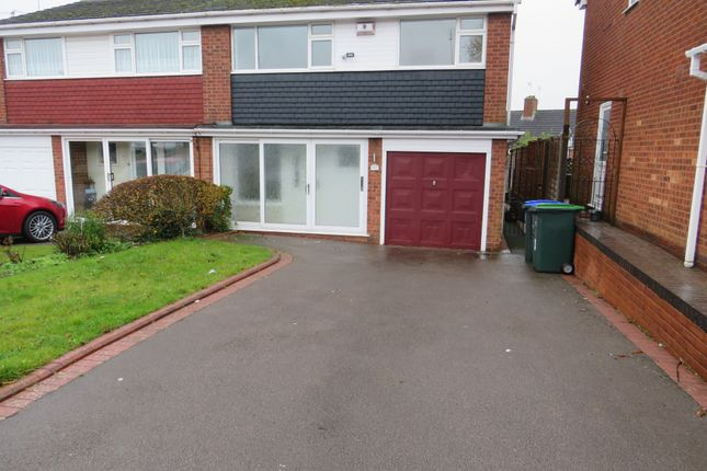 3 bed semi-detached house to rent in Woodfort Road, Great Barr B43