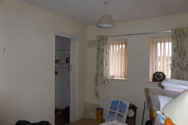 P1030807 of Tonbridge Grove, Hull HU9