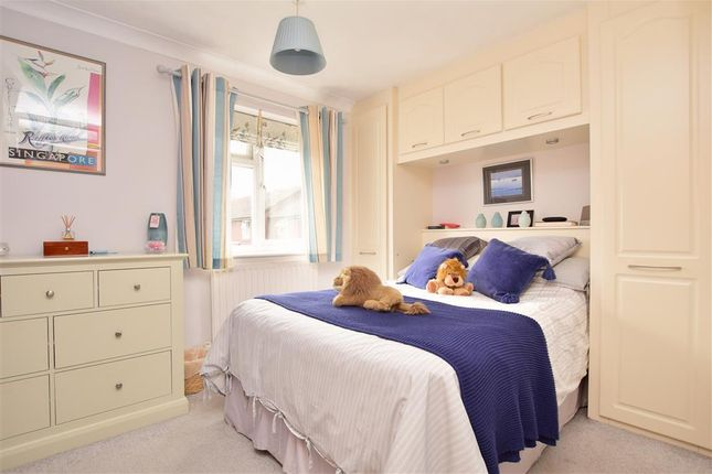 Bedroom 1 of Busbridge Road, Snodland, Kent ME6