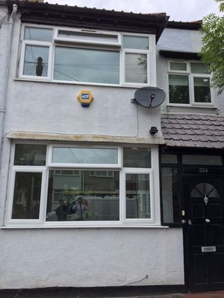 Thumbnail Town house to rent in Galpins Road, London