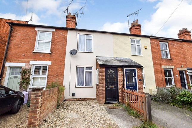 Thumbnail Terraced house to rent in Wescott Road, Wokingham, Berkshire