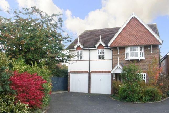 Thumbnail Detached house to rent in Albert Illsley Close, Tilehurst, Reading