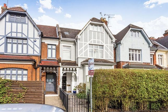 2 bed flat for sale in Birchington Road, London