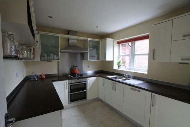 Thumbnail Detached house to rent in Ross Avenue, Upton, Chester