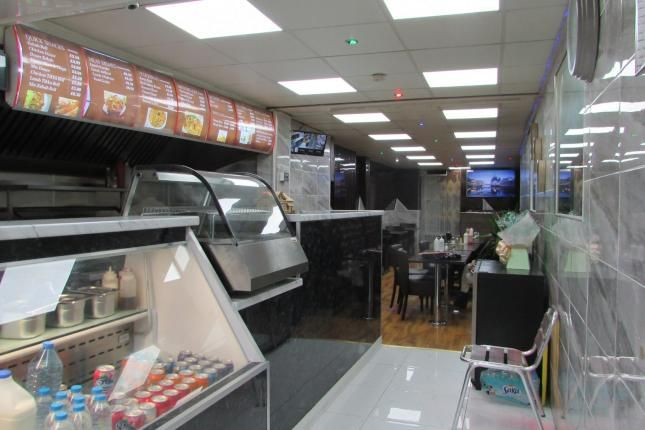 Thumbnail Restaurant/cafe to let in Leagrave Road, Bury Park, Luton