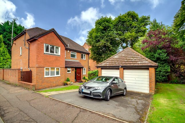 Thumbnail Detached house to rent in Bayhurst Drive, Northwood