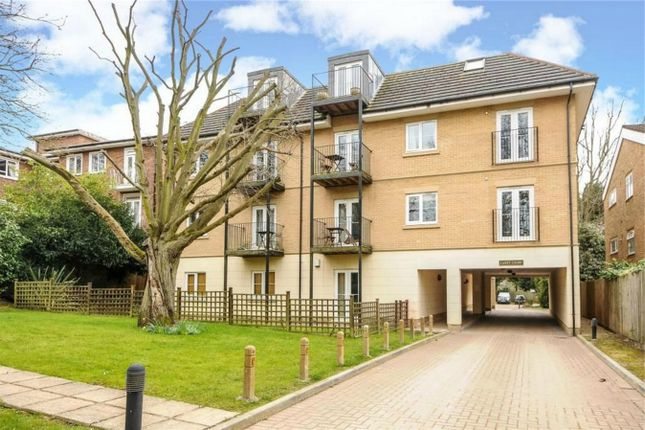 Thumbnail Flat for sale in The Avenue, Beckenham, Kent