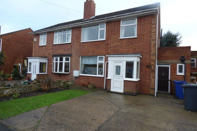 Thumbnail Property to rent in St. Aidens Close, Horninglow, Burton-On-Trent
