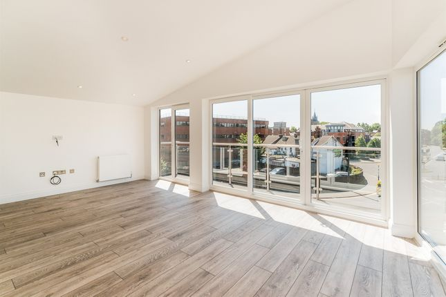 Thumbnail Flat for sale in New Street, Aylesbury