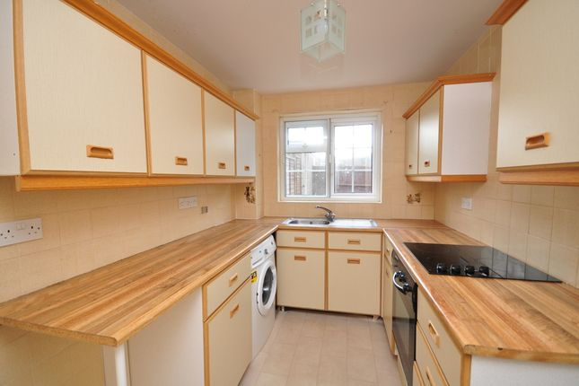Thumbnail Terraced house to rent in The Green, Burgh Heath, Tadworth