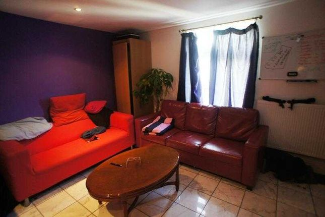 Thumbnail Maisonette to rent in Salisbury Road, Cathays, Cardiff