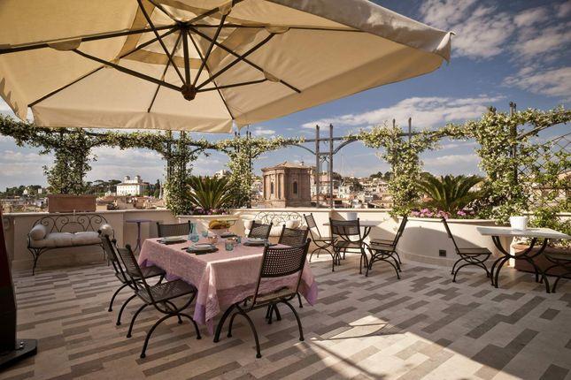 Thumbnail Apartment for sale in Via Del Nazareno, 00187 Rome Rm, Italy