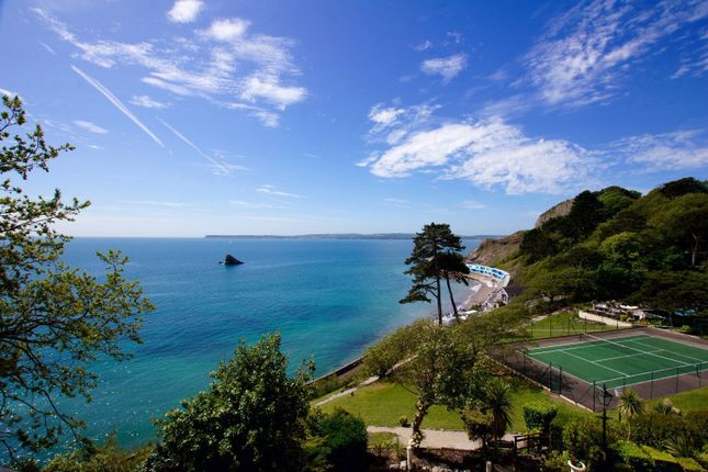Thumbnail Flat to rent in Hesketh Crescent, Torquay
