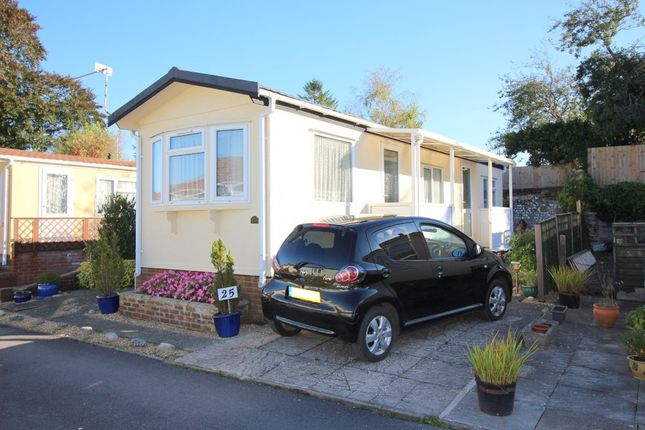 Mobile Park Home To Rent In Valdean Alresford