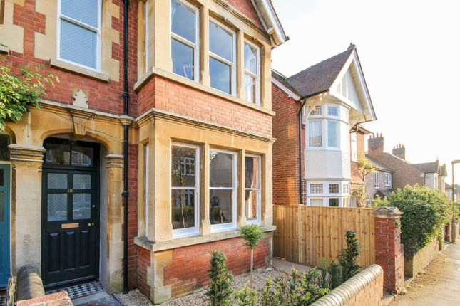 Thumbnail Terraced house to rent in Southfield Road, Oxford