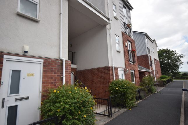 1 bedroom flat for sale in Poundlock Avenue, Hanley, Stoke-On-Trent
