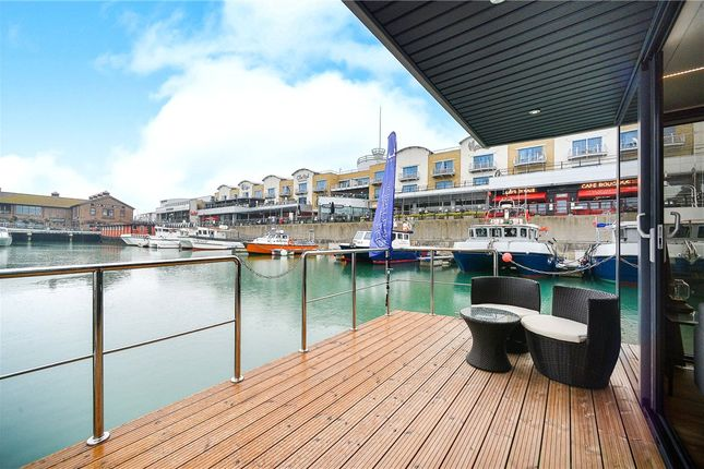 Thumbnail Flat for sale in Western Concourse, Brighton Marina, East Sussex