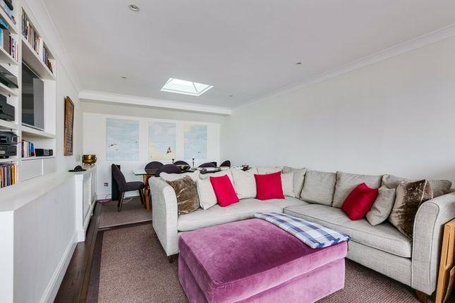 Flat to rent in Queen's Gate Terrace, Gloucester Road