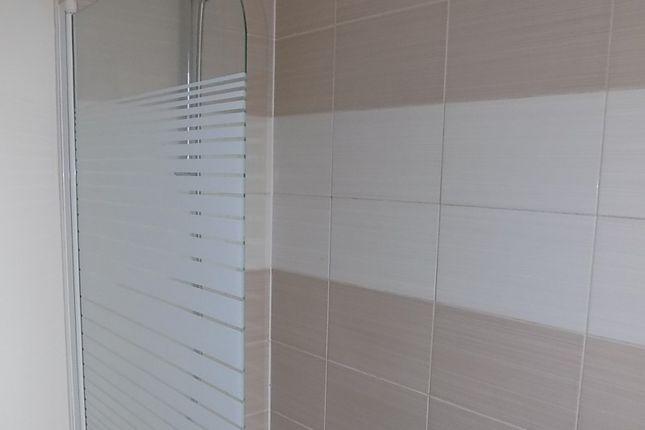Bathroom of Boardman Avenue, Blackpool FY1