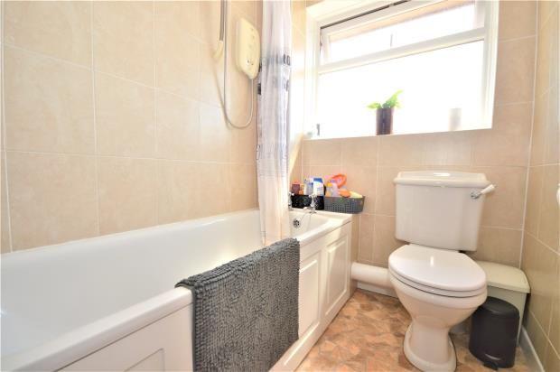 Bathroom of Palm Close, Exmouth, Devon EX8