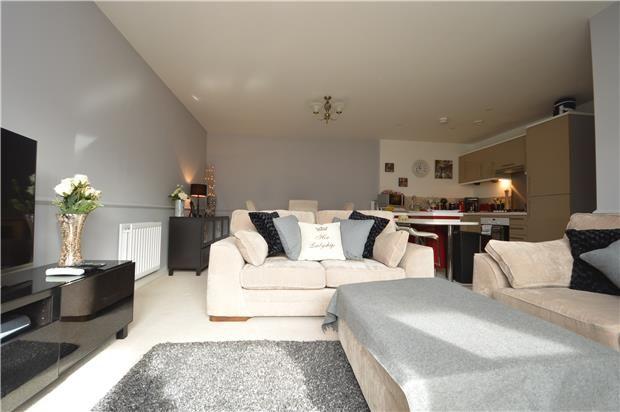 Thumbnail Flat to rent in Horizon, Broad Weir, Bristol