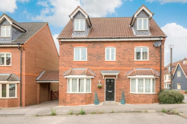 Thumbnail Detached house for sale in Foxley Place, Loughton, Milton Keynes