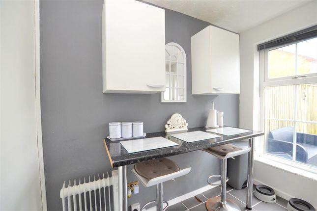 Kitchen.2 of Kempton Grove, Cheltenham GL51