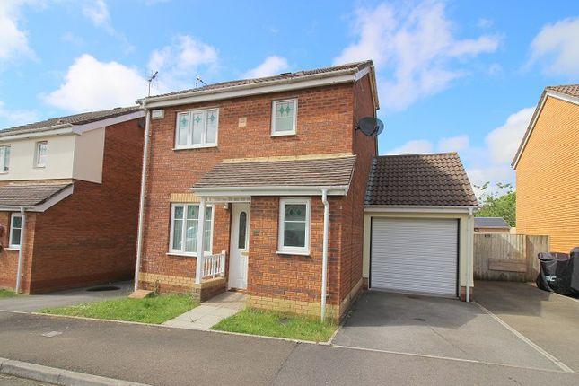 Thumbnail Detached house to rent in Derwen View, Brackla, Bridgend.