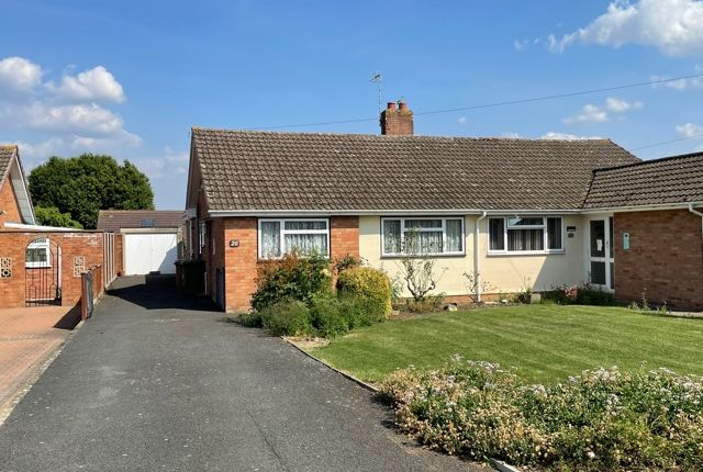 Thumbnail Detached bungalow for sale in Andrew Road, Evesham