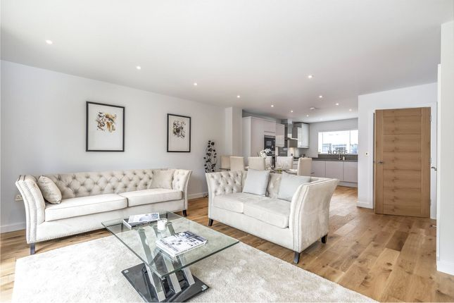 Thumbnail End terrace house for sale in Maplewood Place, Maple Road, Redhill, Surrey
