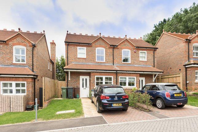 Thumbnail Property to rent in Baulk Close, Harpenden